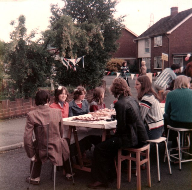 Street Party Hopton Crescent