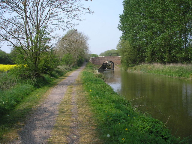 Wolfhall Fields Bridge and Crofton Top Lock No 55, Kennet and Avon Canal