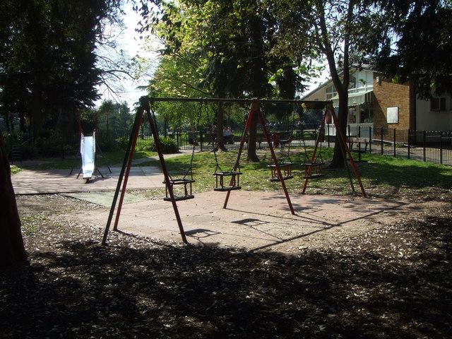 Small children's playground and cafe, Gunnersbury Park