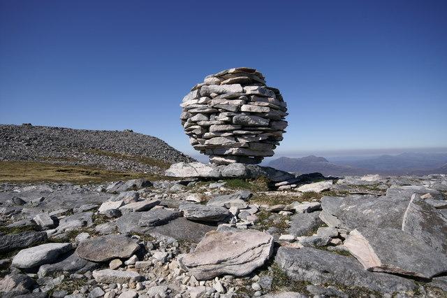Mountain Art on Canisp - A Quartzite Spherical Cairn