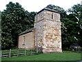 TF0785 : St Michael, Buslingthorpe by Dave Hitchborne