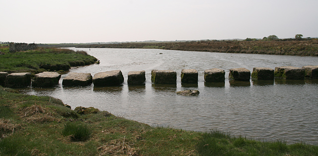 Stepping stones, Afon Braint