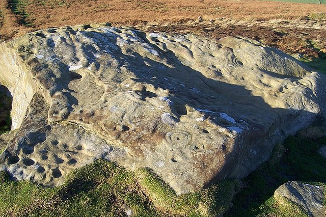 Cup and Ring marked rock at Lordenshaw