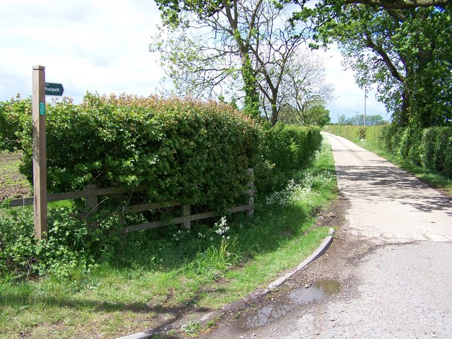 Private lane to Kelsale Lodge