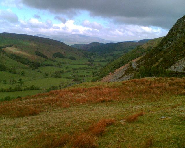 Cwm Cynllwyd looking north to Arenig Fawr