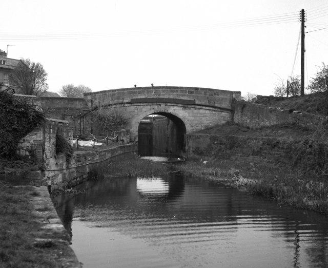 Bradford on Avon Bridge and Bradford Lock No 14, Kennet and Avon Canal