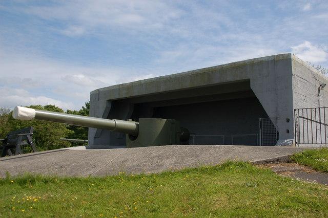 Grey Point Fort, Helen's Bay (3)