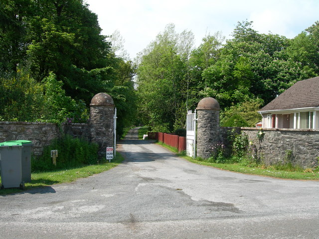 Gatehouse and entrance to Balmaghie House & grounds