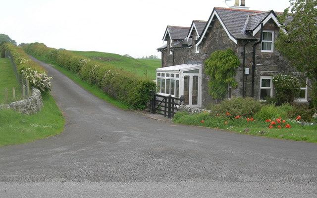 Lodge house & minor road to Corbieton House