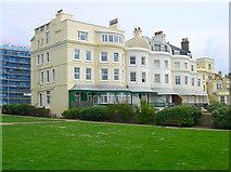 TQ2804 : Courtenay Terrace by Simon Carey
