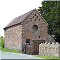 SO6898 : Old Barn, Linleygreen, Shropshire by Roger  Kidd