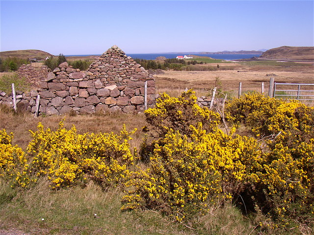Croft in ruins at Opinan