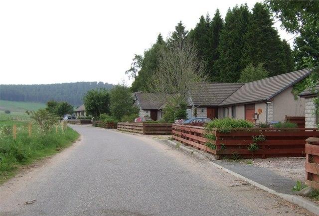 Waterside Road bungalows by Stanley Howe