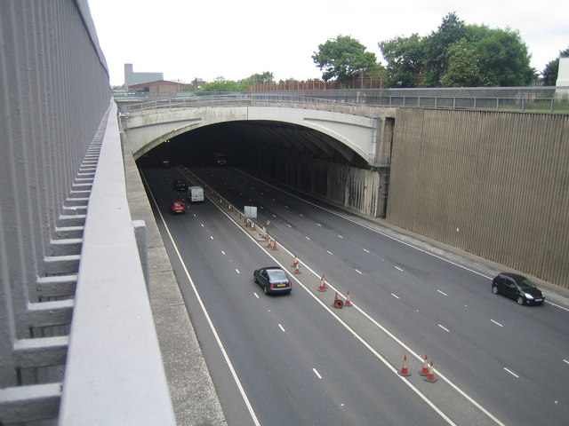Liverpool: Kingsway Tunnel portal & A59 road