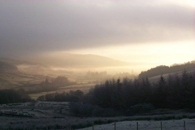 Shinnel Glen in winter mist