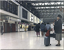 TQ3179 : Main concourse, Waterloo station, London by Dr Neil Clifton