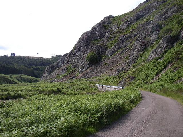 Dunsdale Crag, Lambden Valley