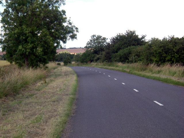 Road towards Spaldwick