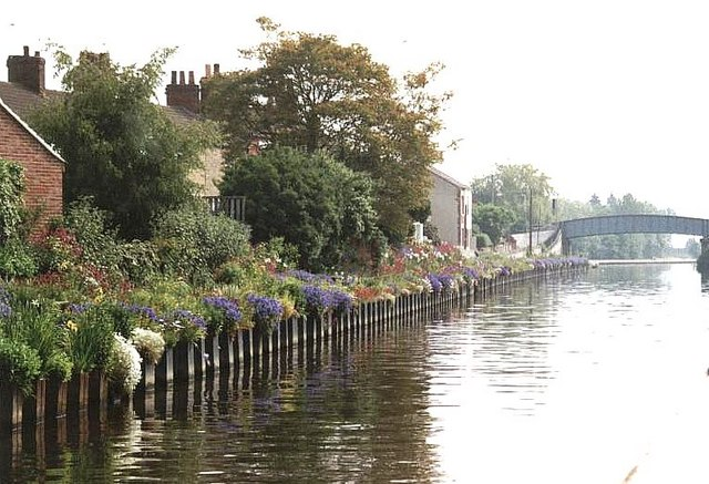 2001 : Shepherds Bridge, Aire & Calder