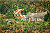 SW5527 : Fishermen's cottages, Prussia Cove by Mari Buckley