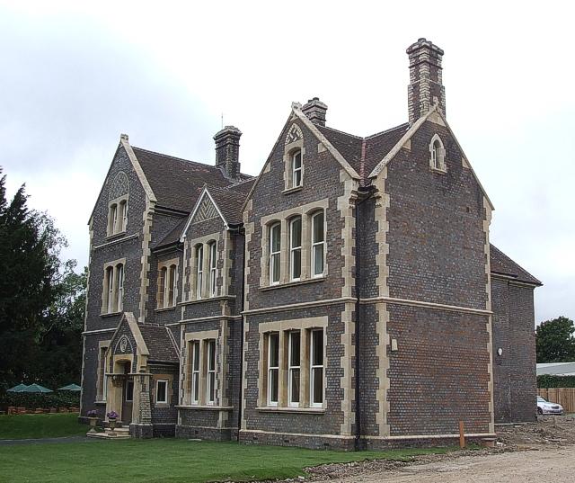 Sherborne House, Basingstoke by Rob Farrow