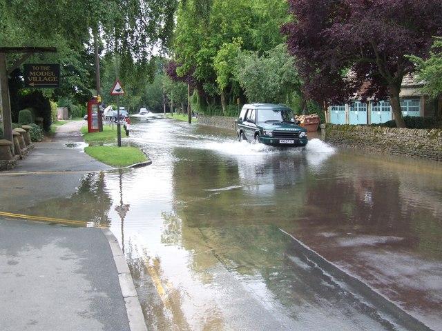 Flooded Rissington Road (1)