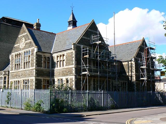 GWR Mechanics' Institution, Emlyn Square, Swindon (2)