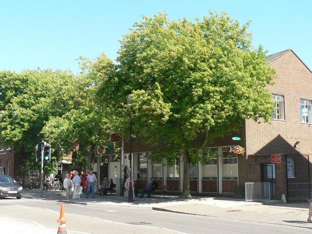 Lymington: post office