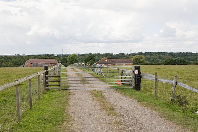 Aisthorpe Farm & holiday cottages, Staplers Road