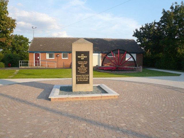 Holmewood War Memorial