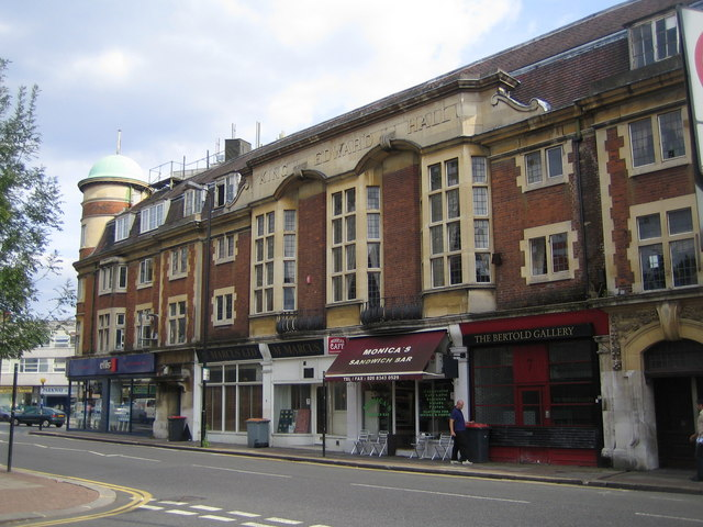 Finchley: King Edward Hall, N3