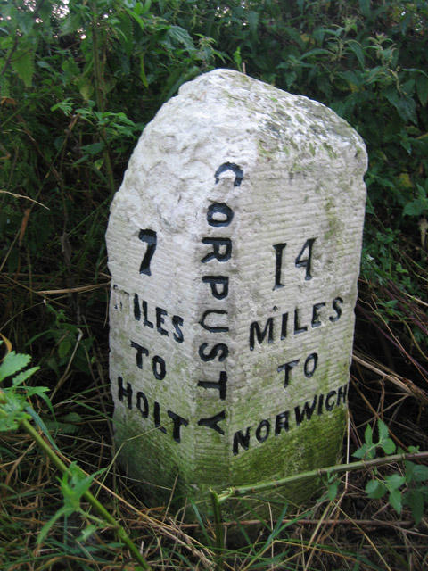 Milestone in the hedge near Corpusty, on Holt Road