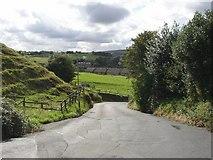 SE0813 : Linfit Lane, Linthwaite by Humphrey Bolton