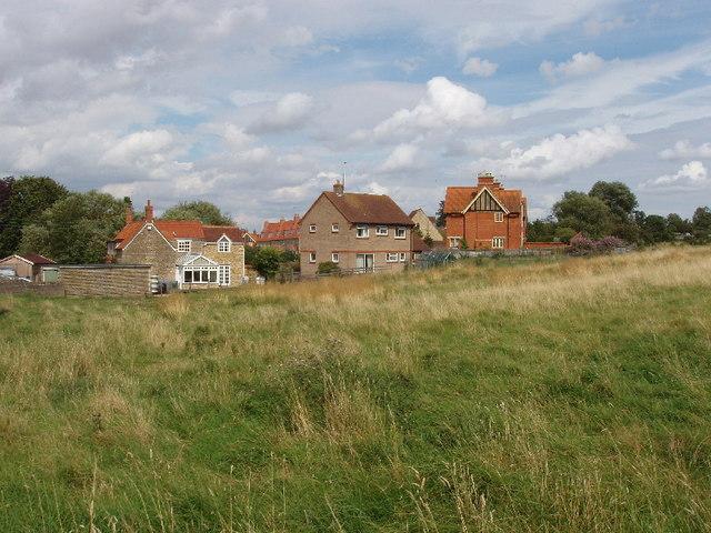 Backs of houses on Chase Park Road, Yardley Hastings