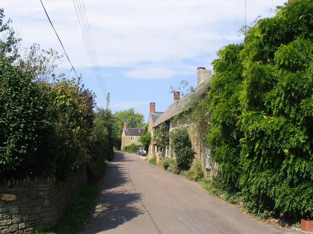 Village street in Uploders