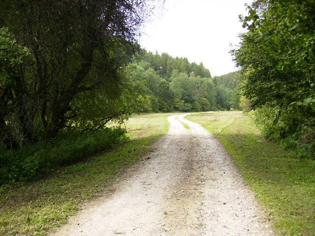 Track running through Beckdale