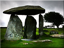 SN0937 : Pentre Ifan burial chamber by Chris Gunns
