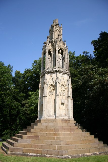 Hardingstone Eleanor Cross