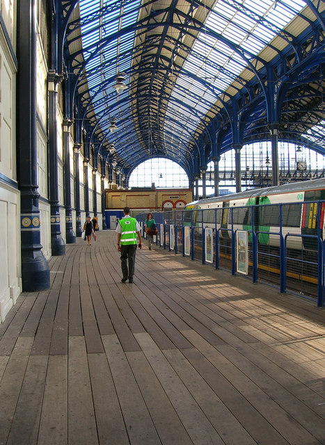 Platform 9 Brighton Station 169 Simon Carey Geograph