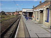 TM2532 : Harwich Town Station by Oxyman