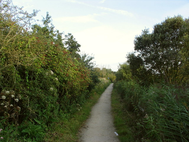 Footpath between Radipole Lake and the A354