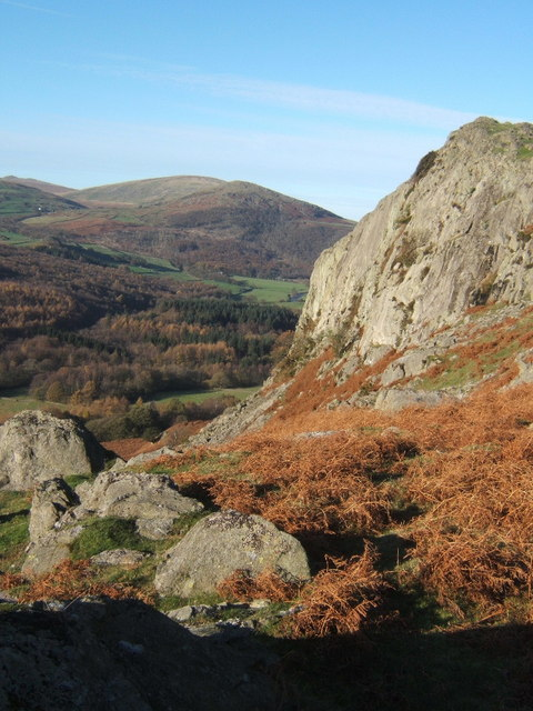 Raven Crag above Whineray Ground