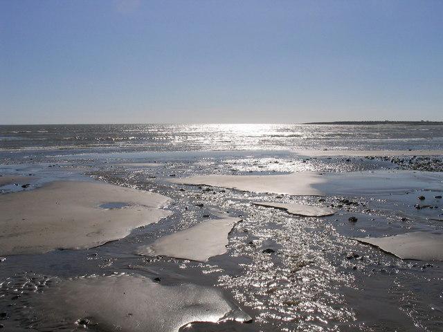 Low sun, low tide