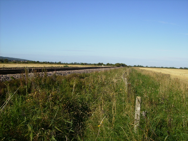 Well ballasted railway line north west of Sherburn
