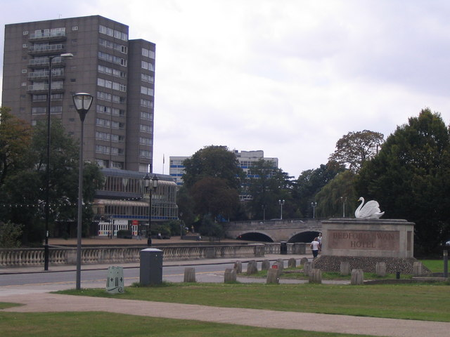 Bedford Swan