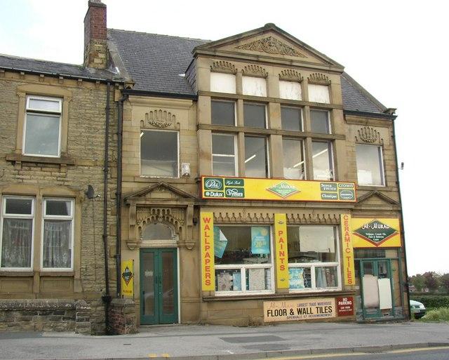 Shop (former club), Halifax Road, Staincliffe, Batley