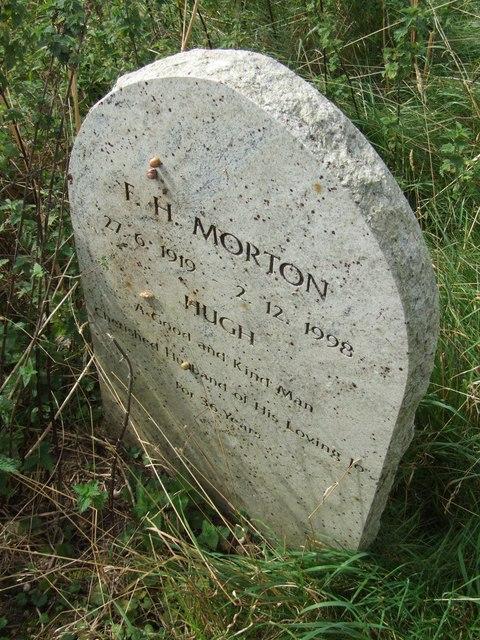 Gravestone, St Andrew's graveyard, Miningsby