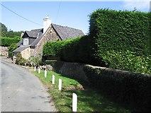 SJ2428 : House at Croesau Bach by Philip Ingram