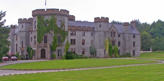 Main entrance, Castle of Fetteresso, with front lawn in foreground