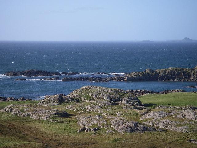 The western skerries of Eilean Calbha
